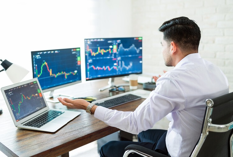 Buy Stocks on the Dip